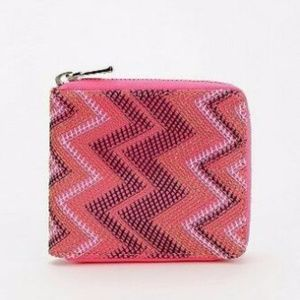 URBAN OUTFITTERS DEENA AND OZZY SMALL ZIP WALLET